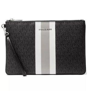 MICHAEL KORS Jet Set Signature large women's zip pouch clutch - BLACK/SILVER